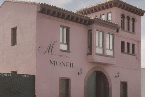 La fachada de las bodegas Monfil